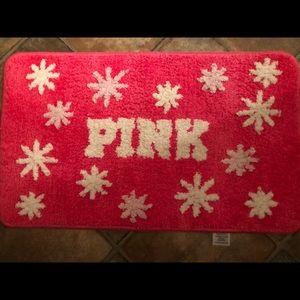 Bath mat by PINK